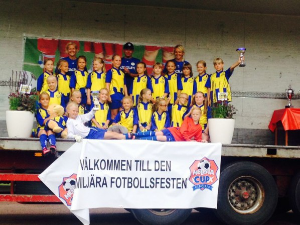Torsång flickor Mellsta Cup
