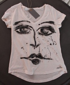 Malin design T-shirt